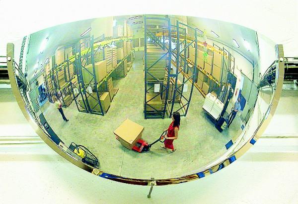 Sicherheitsspiegel 1/4-kugelförmig Vialux®, in Polymir®3-Qualität, 610x300x115 mm